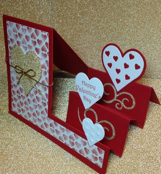 This exquiste Valentine card with its floating heart shows how much you love love card