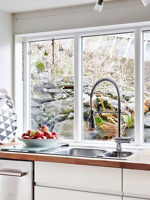 Cocina en blanco, madera y acero - Decoratrix | Decoración, diseño e interiorismo: