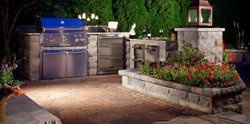 Outdoor Küche mit Grill | Outdoor küche, Aussenküche und ...