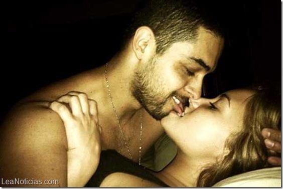 Demi Lovato tiene miedo a que se filtre en la web un video sexual con su novio - http://www.leanoticias.com/2014/04/11/demi-lovato-tiene-miedo-que-se-filtre-en-la-web-un-video-sexual-con-su-novio/