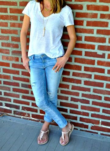 The girlfriend jean and a white tee. Simple tips for updating the mom uniform.
