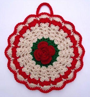 Lovely crochet Christmas potholder.