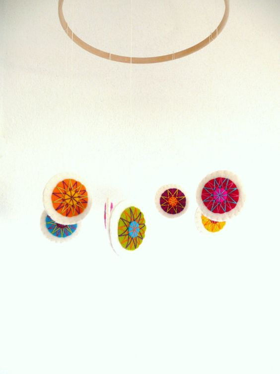 Bunte Filz Kreise Mobil  7 Kreise von HetBovenhuis auf Etsy