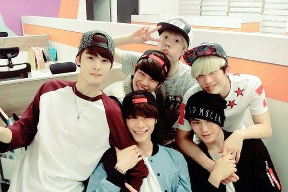 "Watch: ASTRO Shares Pre-Debut Dance Covers Of BTS's ""Dope"" And BIGBANG's ""Bang Bang Bang"""