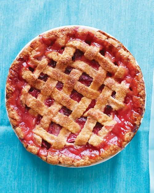 Martha Stewart Rhubarb-Strawberry Lattice Pie made this last spring was the best pie ever, making it again today, YUM!