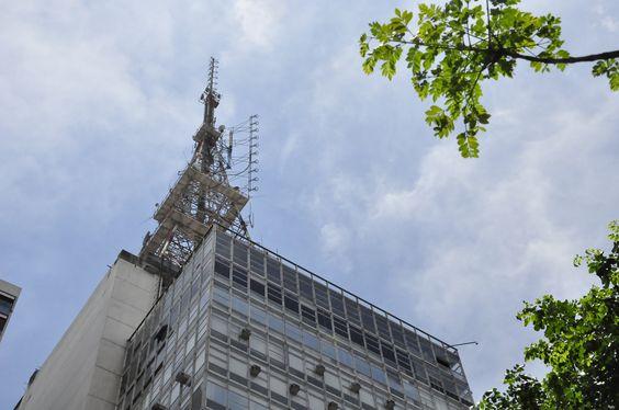 Fachada do Prédio da TV Gazeta na Avenida Paulista, São Paulo
