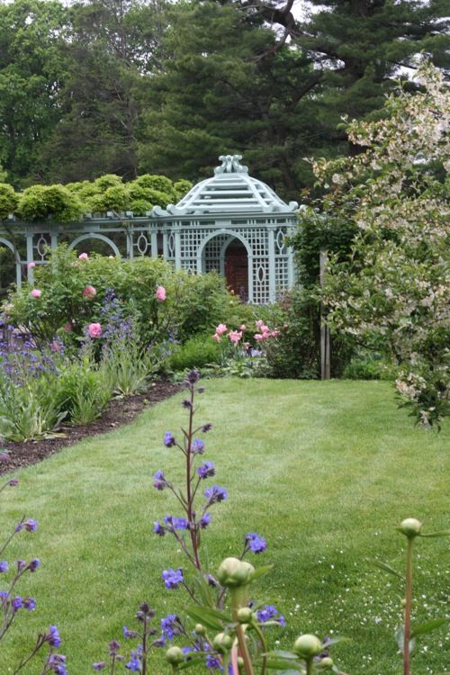Old Westbury Gardens,  beautiful structure   French-Kissed.com