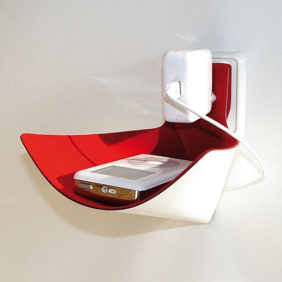 load-ding rot von xxd jetzt im design3000.de Shop kaufen! Ärgern Sie sich in Zukunft nicht mehr über Fußangeln oder Kabelwirrwarr… Ihr Netzteil...