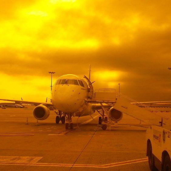 #Paris #CDG #Airport  Flughafen Paris Charles de Gaulle Terminal 2G