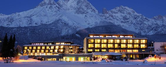 HolidayCheck Award für  RITZENHOF HOTEL & SPA ****S    #leadingsparesort #wellness #ritzenhof #lebensfeuer #salzburg #österreich #saalfelden