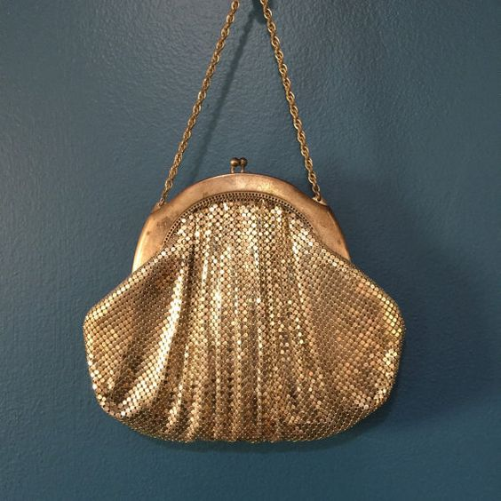 TiyeTradingPost - Vintage Whiting and Davis Silver Mesh Evening Bag Post WWII 1950s