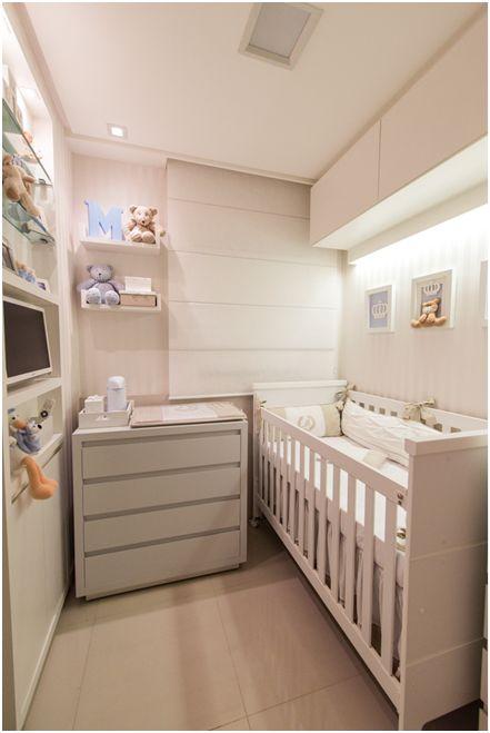 Nosso escritório LM Arquitetura (instagram: @lm_arquitetura) fez um quarto de bebê super legal e desafiador. O ambiente de apenas 4m² era o antigo quarto reversível de um apartamento com 75m², que foi transformado por nós em um espaço super aconchegante e acolhedor, para um bebê bem especial. Optamos pelo necessário e não por tudo aquilo que a…
