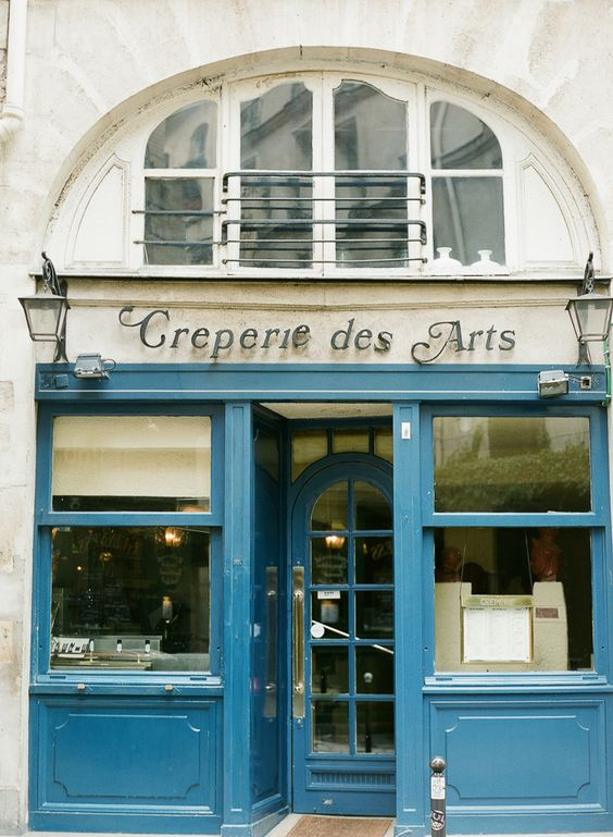 Creperie des Arts in Paris France | photography by http://brittanymahood.com