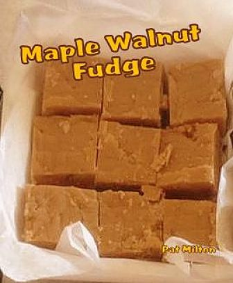... Maple Walnut Fudge. Great for gifts or all for yourself! #fudge #maple