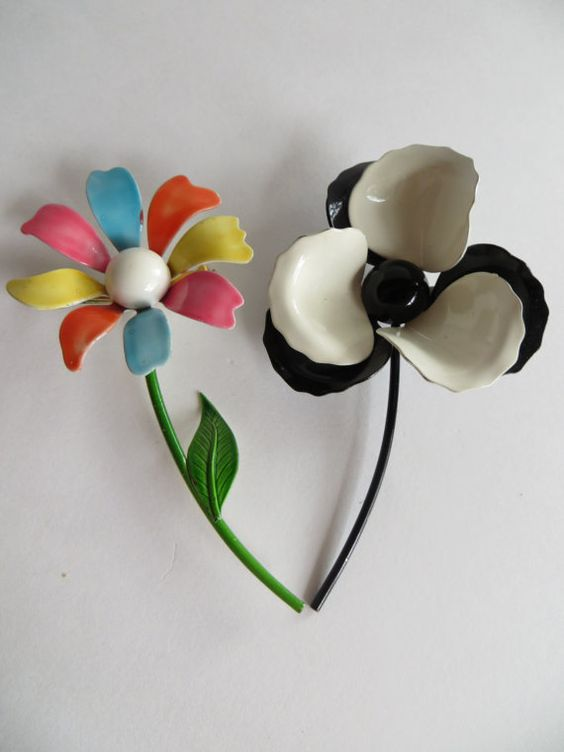 Vintage Flirty Metal Brooches by RoniSeaVintage on Etsy, $12.50