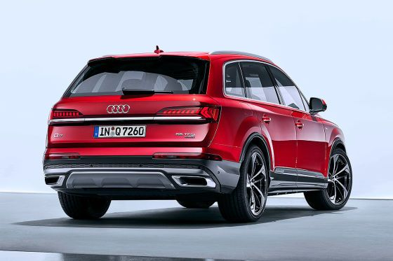 Audi Q7 Facelift 2019 Test Interior Space Market Launch Sq7 Engines Audi Freshens Up T Audi Otomobil Hibrit