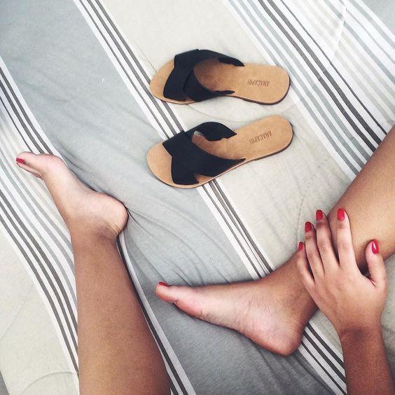 Hoje eu vou de sandalinhas #AnaCapri! @anacaprimetrosantacruz