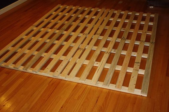 How to make a cheap low profile wooden bed frame cheap for Raise bed off floor