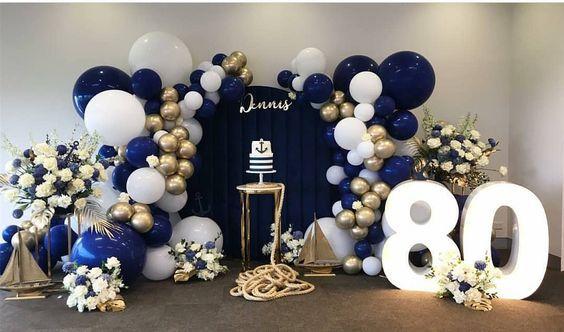 Como Decorar Una Mesa De Cumpleaños Para Adultos Elegantes Fiestas De Adultos Temas De Fiesta De Cumpleaños Fiesta De Hombres