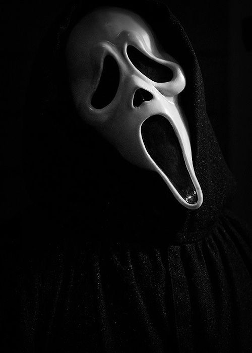 """#scream #horror #movie. """"What's your favorite scary movie."""""""