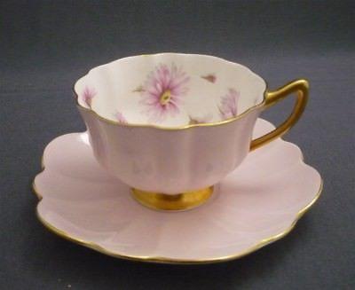 SHELLEY England Pink & Pink Daisies Bone China Atholl 13962 Tea Cup & Saucer Duo