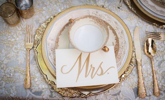 Downton Abbey Wedding Inspiration | Gold Place Setting | Gold and Black Place setting | I take you UK Wedding Blog