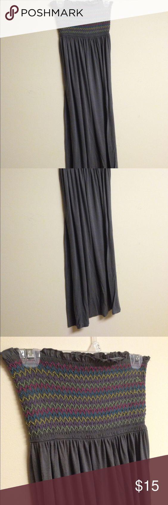 XL strapless maxi XL. Strapless.  Full length.  Tube top like top. Dresses Strapless