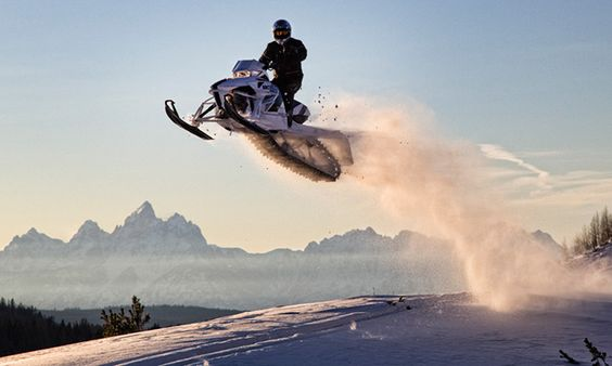 Arctic-Cat Snowmobiles-Per-Breiehagen-4