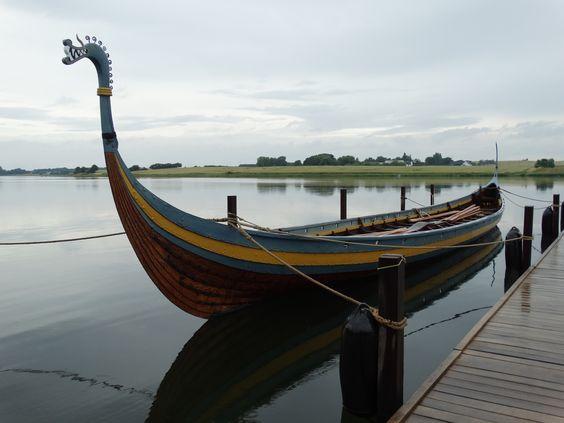 Das Ladby Schiff im Karteminde Fjord.
