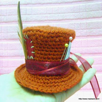 Amigurumi Mini Hat : Mad hatter hats, Free amigurumi patterns and Amigurumi ...