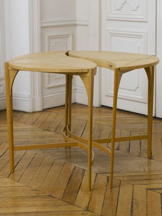 Rena Dumas / Okéanis Table - Extandable Table / 1988 / Solid and Veneer WAved Ash, Satin Varnish Finish / Courtesy Galery Mouvements Modernes