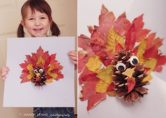 Pinecone + leaves turkey craft for #Thanksgiving - cute!