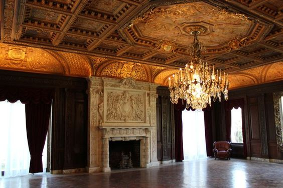 Old Long Island: Winfield Hall - Music Room