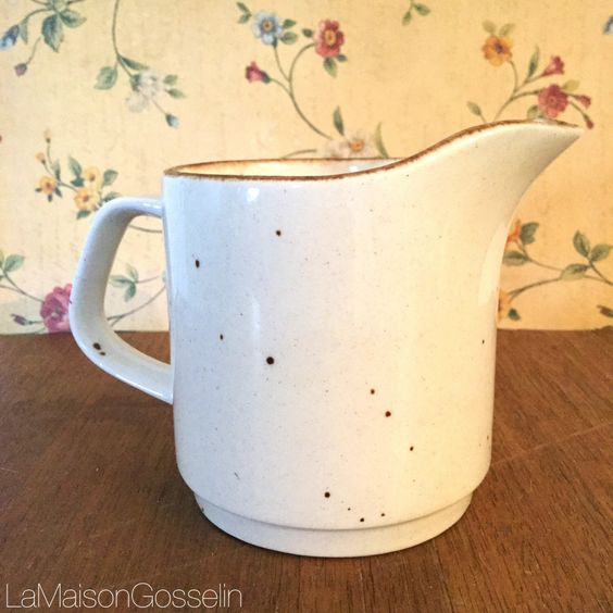 A personal favorite from my Etsy shop https://www.etsy.com/ca/listing/473449428/j-g-meakin-retro-creamer