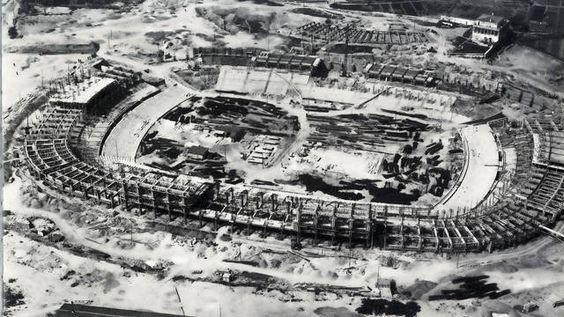 Construcció del Camp Nou