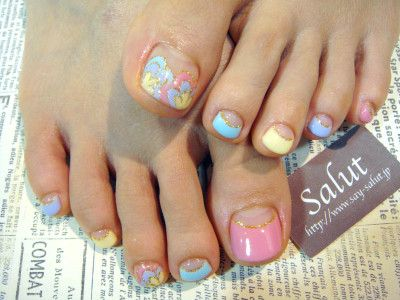 Beautiful toe nails design