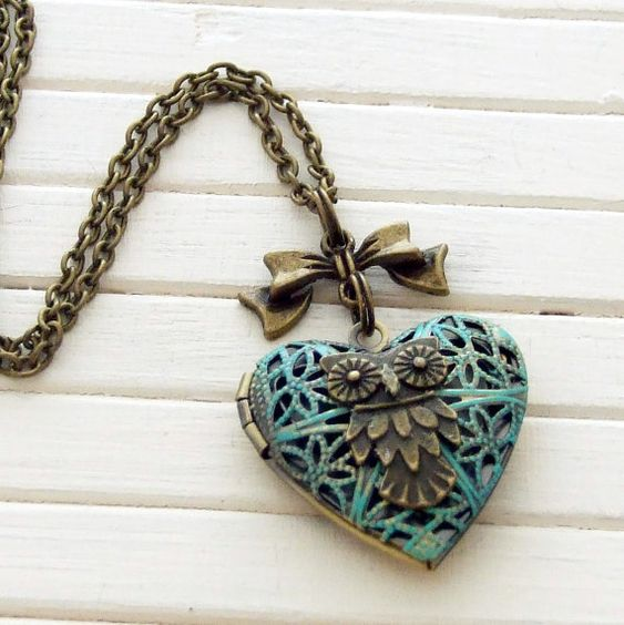 Verdigris Owl Locket .. heart locket, filigree, vintage inspired, photograph, bird necklace, bird locket, owl necklace on Etsy, $22.32
