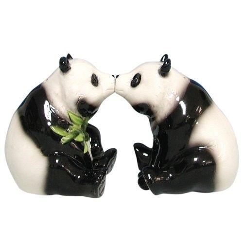 Mwah Magnetic Pandas Salt and Pepper Shaker Set 2-3/4-Inch NEW
