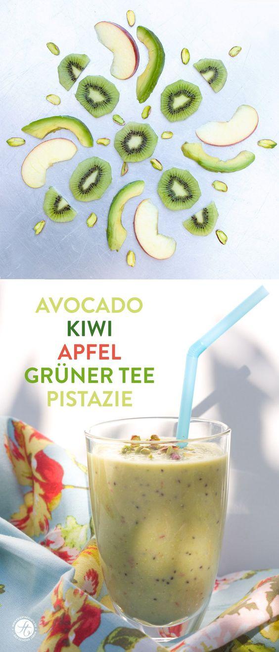 SmoothieMontag   Avocado Kiwi Apfel Grüner Tee Smoothie #feiertaeglich #smoothiemontag