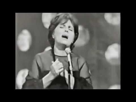 ▶ Amália Rodrigues - Canção do mar - YouTube