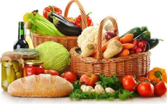 un alimentazione varia ed equilibrata rappresenta il cardine del benessere Un'alimentazione varia ed equilibrata è alla base di una vita in benessere. Varia: devono esse alimentazione salute benessere