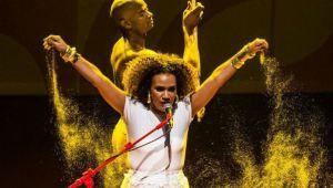 """""""A herança africana está presente quando eu canto. A minha ancestralidade fala por mim"""", diz Mariene de Castro - Por dentro da África"""