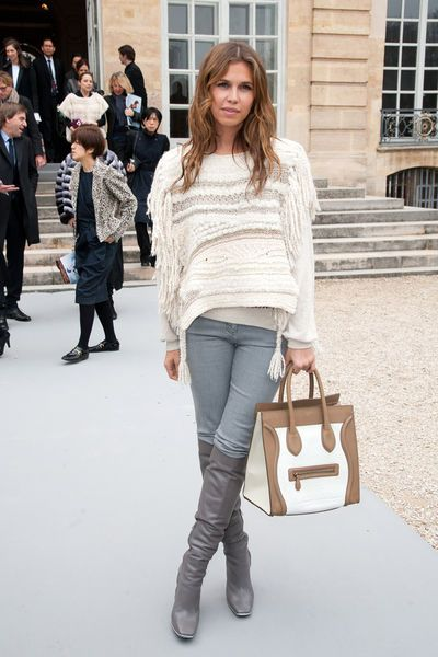 Dasha Zhukova arrives the Christian Dior Ready-to-Wear Fall/Winter 2012 show as part of Paris Fashion Week on March 2, 2012 in Paris, France