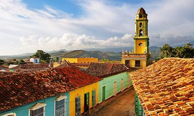 Colors of Cuba. Travel Packages to Cuba, Discover Havana Tour - Friendly Planet