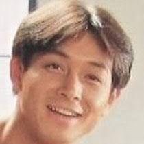 ニッコリ笑顔の吉田栄作