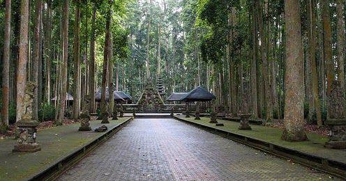 26 Gambar Pemandangan Wisata Bali Objek Liburan Wisata Alam Sangeh Di Pulau Bali Harga Murah Download Destinasi Baru Di Bali Perpa Di 2020 Pemandangan Gambar Bali
