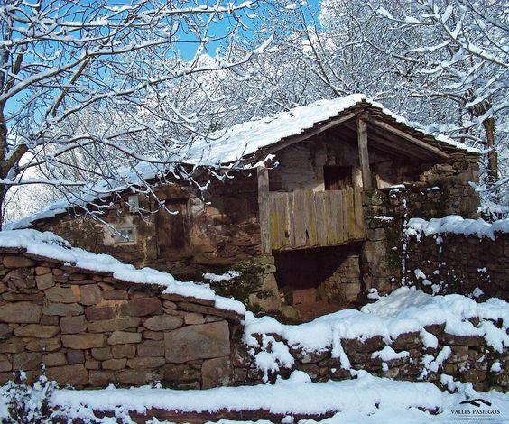 Cabaña en los Valles Pasiegos #Cantabria #Spain
