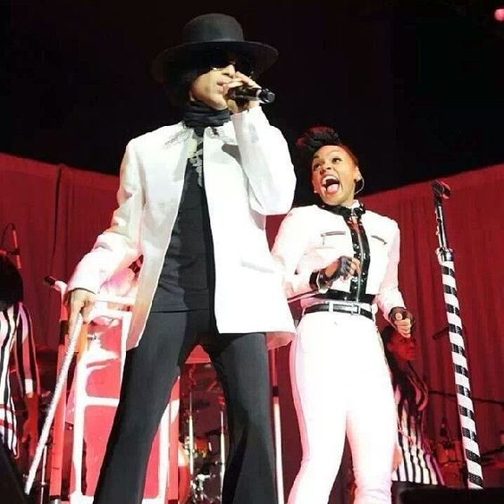 Thought? Who would want to see @JanelleMonae open 4 #Prince in 2014? Best tour ever? #ElectricLady #3RDEYEGIRL