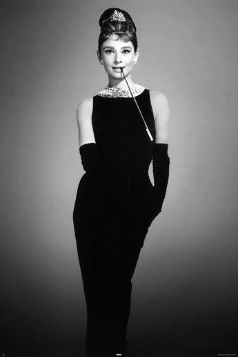 Imagen de Audrey Hepburn con el vestido de la película
