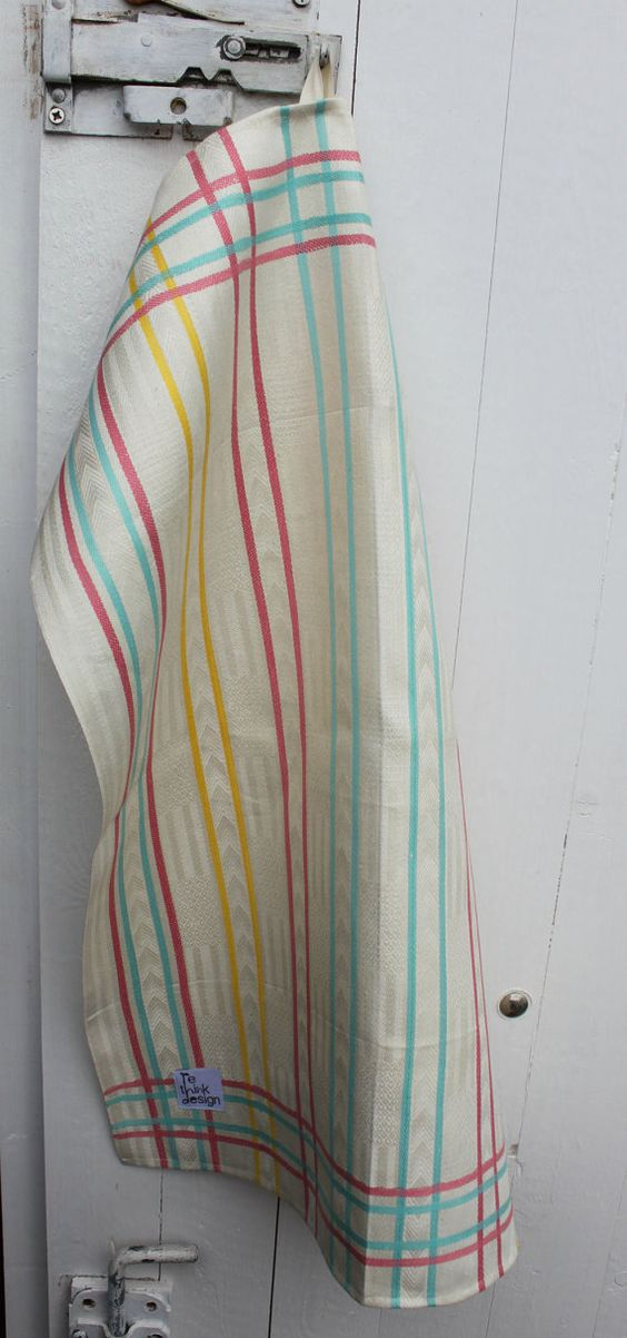 Towels in nice thick linen with pastel by ReDesignandReCycled